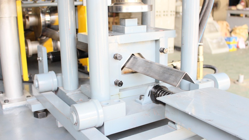 V Shaped Angle Steel Bar Roll Forming Machine