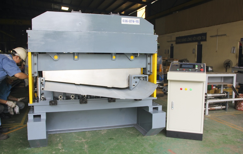 Roll Forming Machine for Vehicle parts